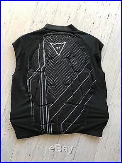 Brand new Dainese mens Rhyolite protective vest top snow motocross surf, size XL